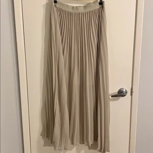 NWT Philosophy Pleated Skirt